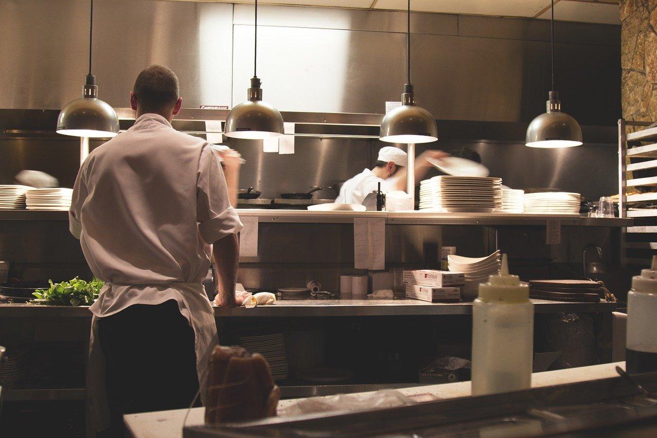 Come per ogni idea imprenditoriale che si rispetti anche quella della ristorazione deve seguire regole precise, per garantire un risultato di successo.