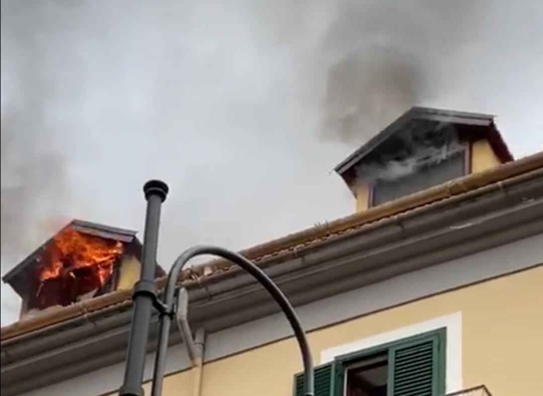 Incendio Castellammare di Stabia del 26 aprile 2020