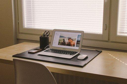 Vorresti un'attività secondaria che ti permetta di mettere da parte qualche introito extra? Alcune idee per lavorare online.