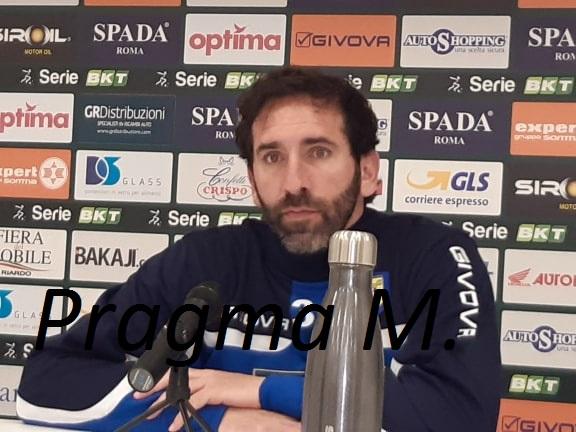 Juve Stabia ha ribadito che Mister Fabio Caserta resterà in gialloblù. Ecco la nota stampa che risponde ad alcune indiscrezioni.