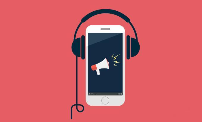 Audiolibri da non perdere: i consigli del mese