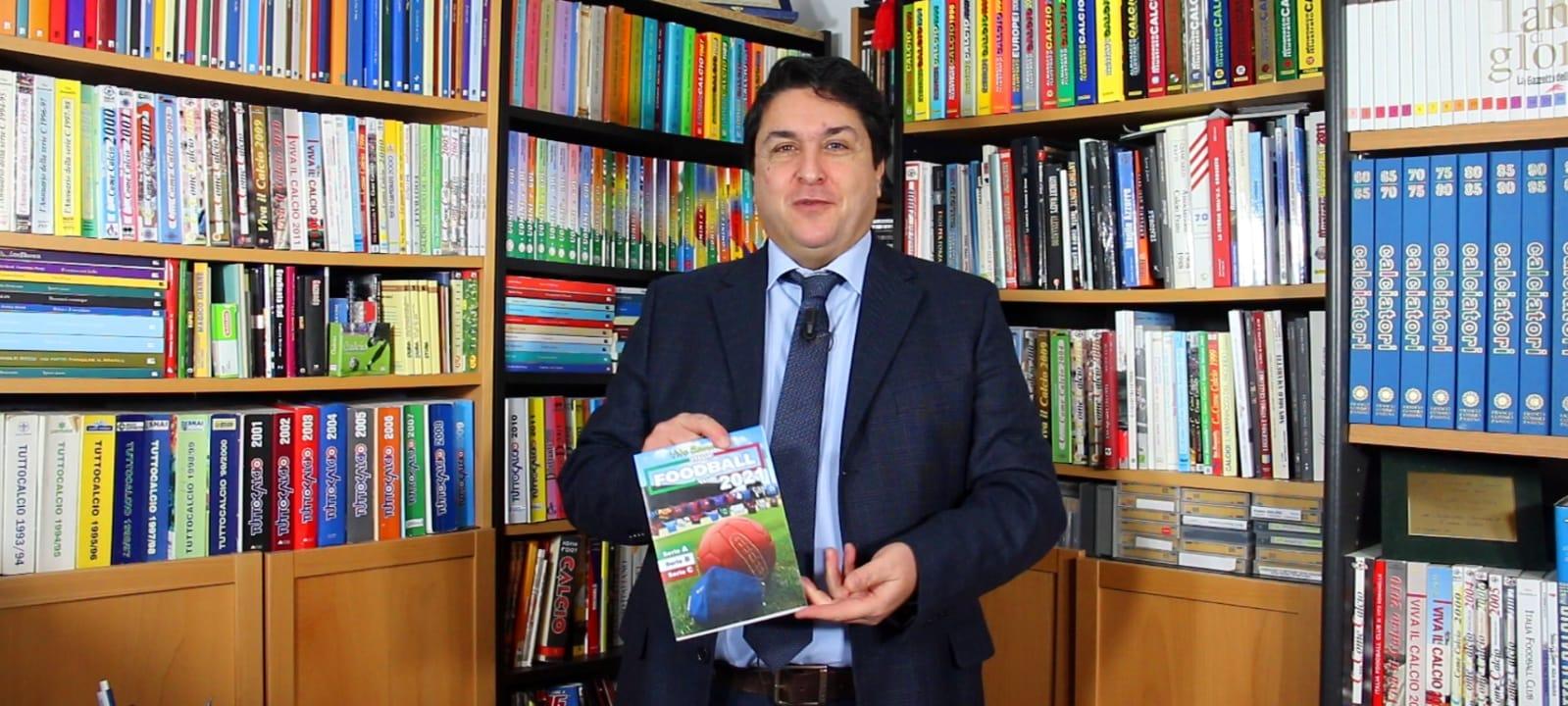 """Arriva la nuova edizione dell'annuario """"Italia Foodball Club"""" di Vito Romaniello consultabile gratuitamente. Cento squadre e cento menu"""